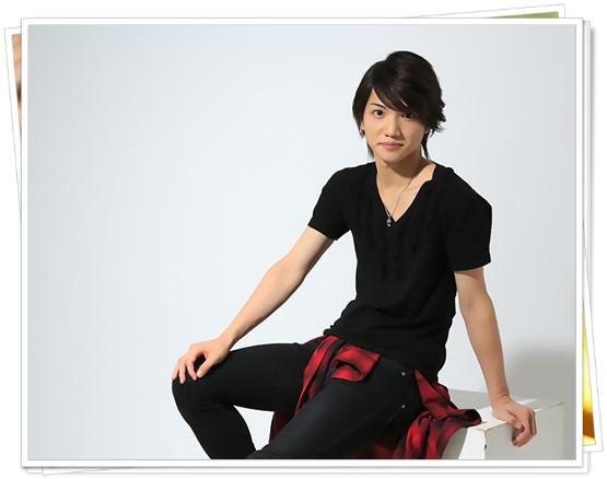 三浦宏規はテニミュや刀剣乱舞で人気!性格がかわいい?身長や年齢も 私服